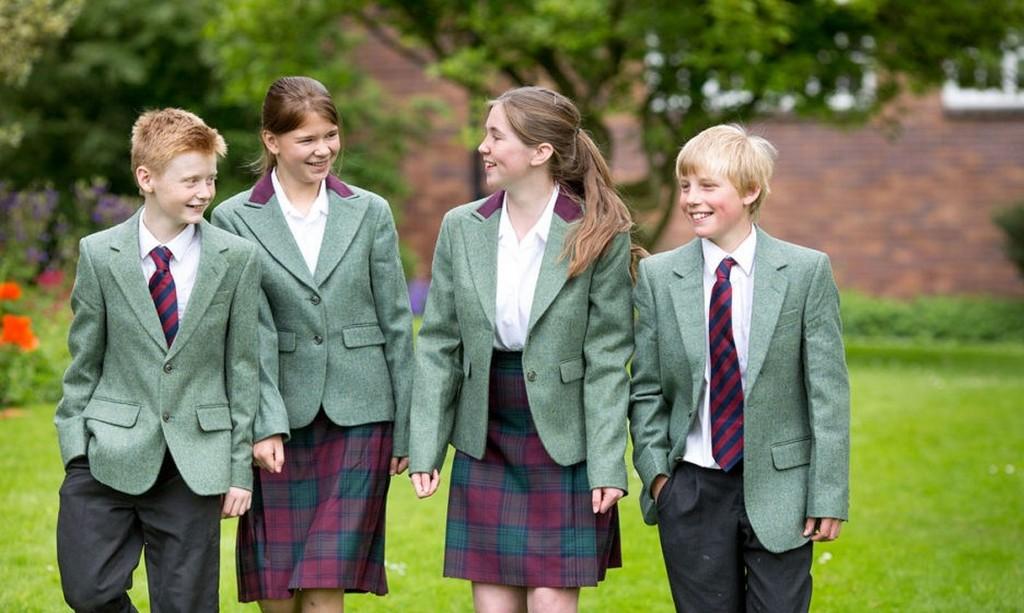 Ученики частной школы в Лондоне (Великобритания)