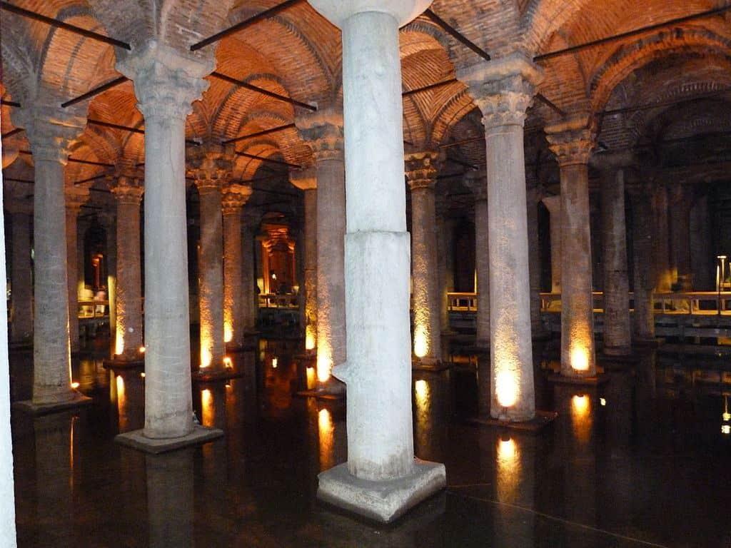 Цистерна Базилика (Βασιλική Κινστέρναı)