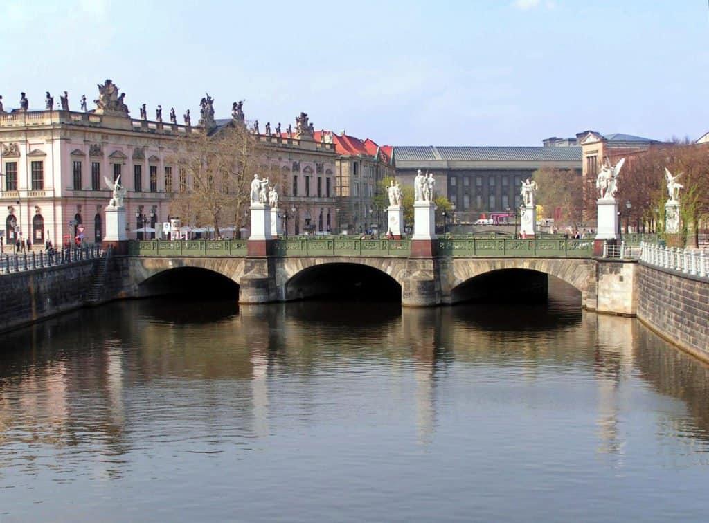 Дворцовый мост(Schloßbrücke) Берлин