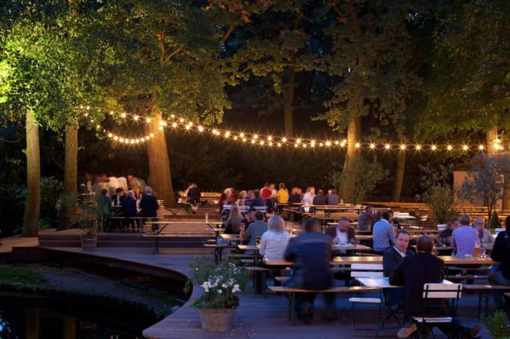 кафе «У Нового озера» (Café am Neuen See)