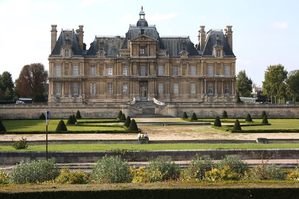 Замок (дворец) Мезон-Лаффит (Le château de Maisons-Laffitte)