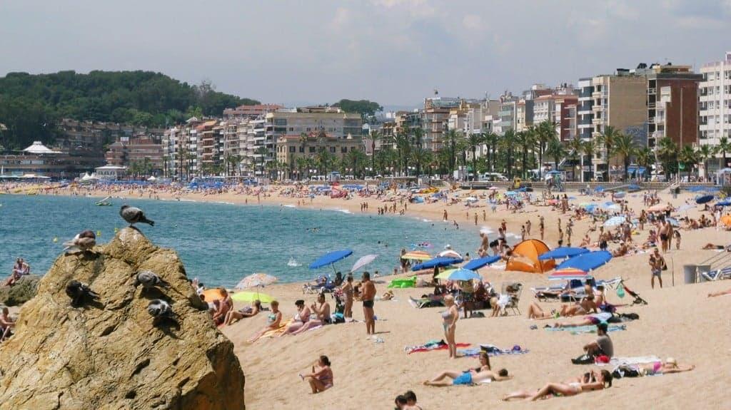 Центральный городской пляж Льорет-де-Мар (Lloret Beach)