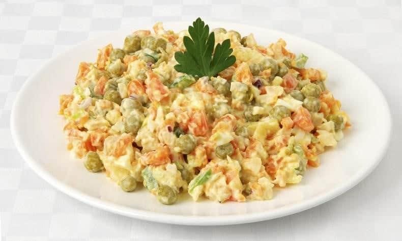 Картофельный салат (Bramborový salát)
