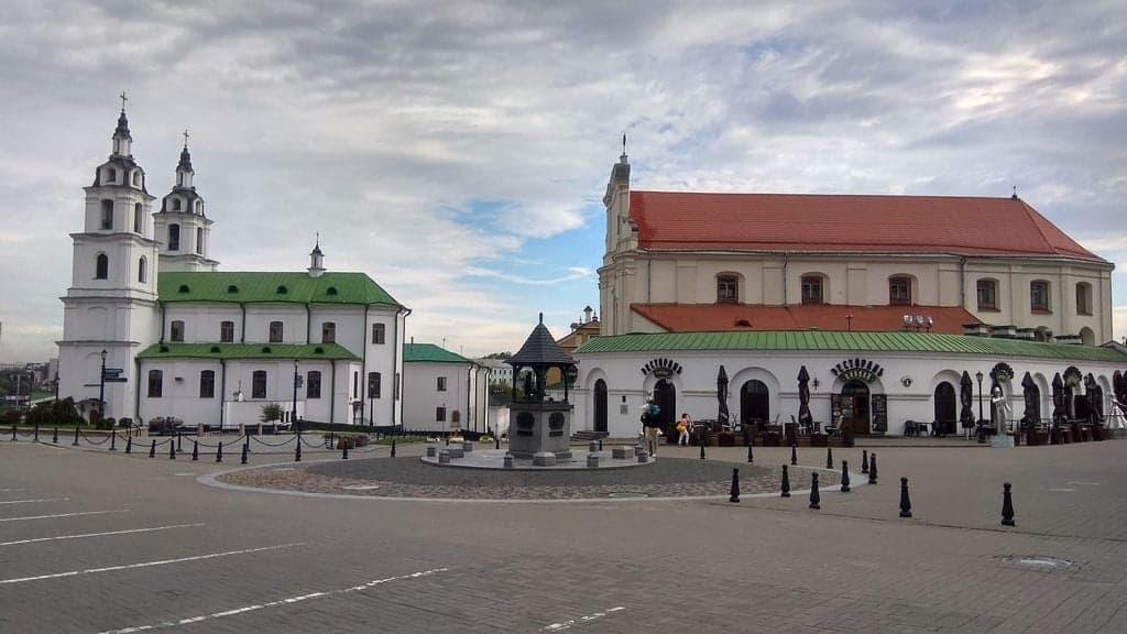 Площадь Свободы (плошча Свабоды)