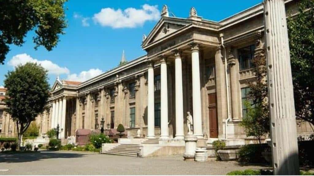 Археологический музей Стамбула (İstanbul Arkeoloji Müzesi)