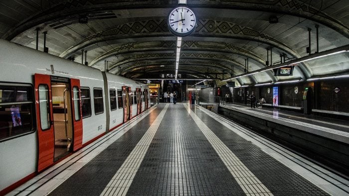 Станция метро, Барселона