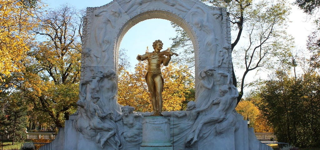 Памятник Иоганну Штраусу, Вена — Австрия