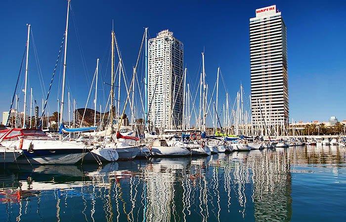 Олимпийский порт и два небоскрёба