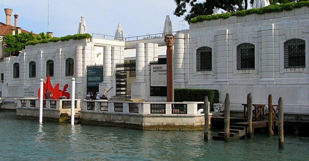 Коллекция Пегги Гуггенхайм (Collezione Peggy Guggenheim), Дворцы и музеи Венеции