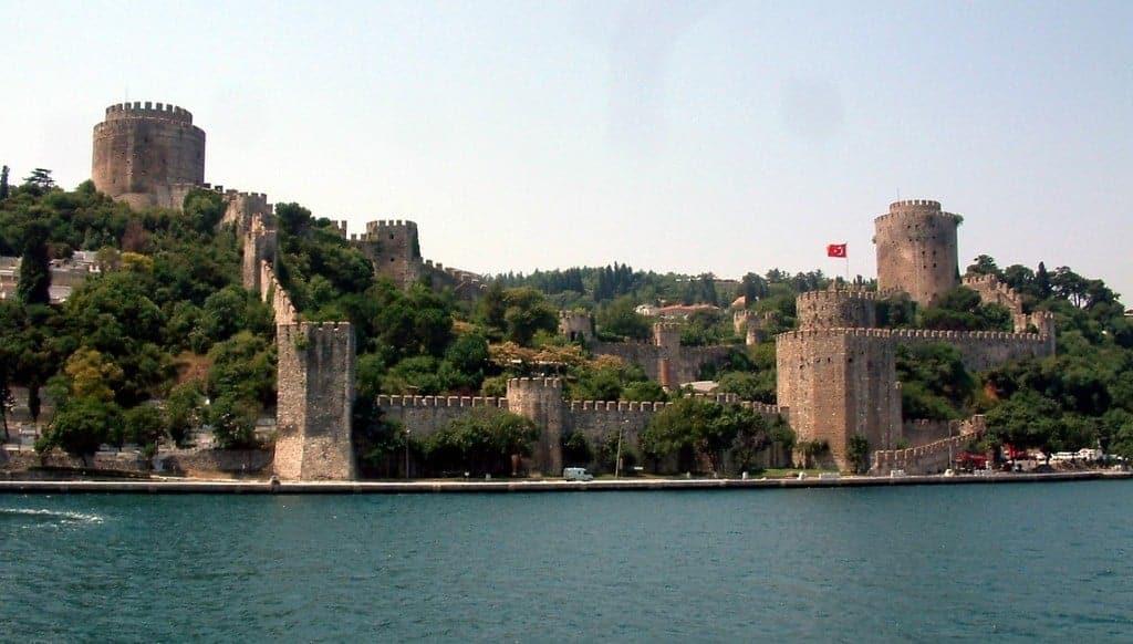 Крепость Румелихисар (Rumeli Hisarı), Стамбул (Istanbul) - Турция