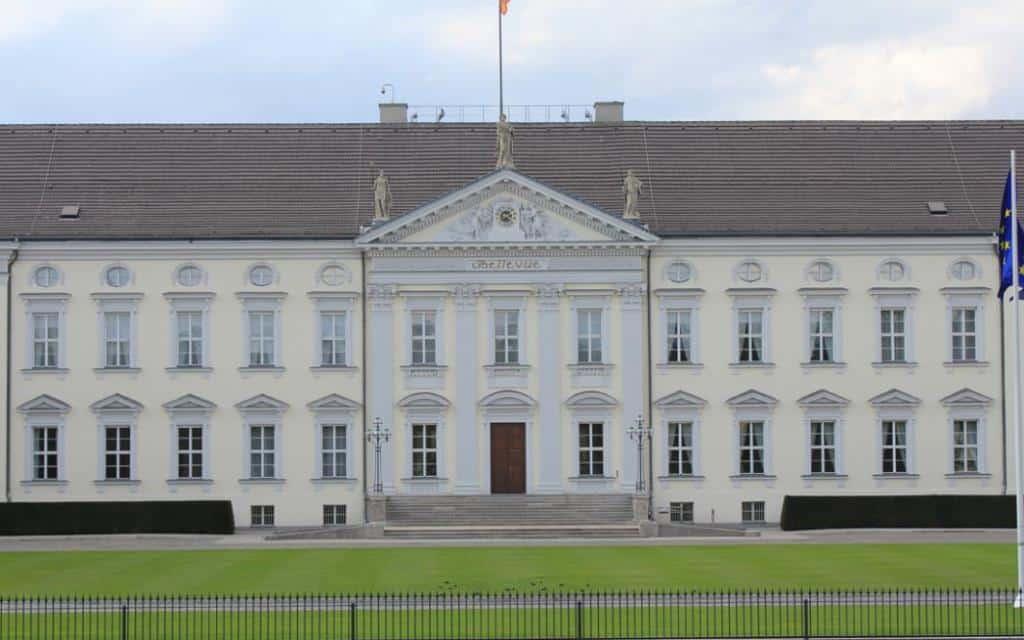 Дворец Бельвю (Schloss Bellevue) Берлин