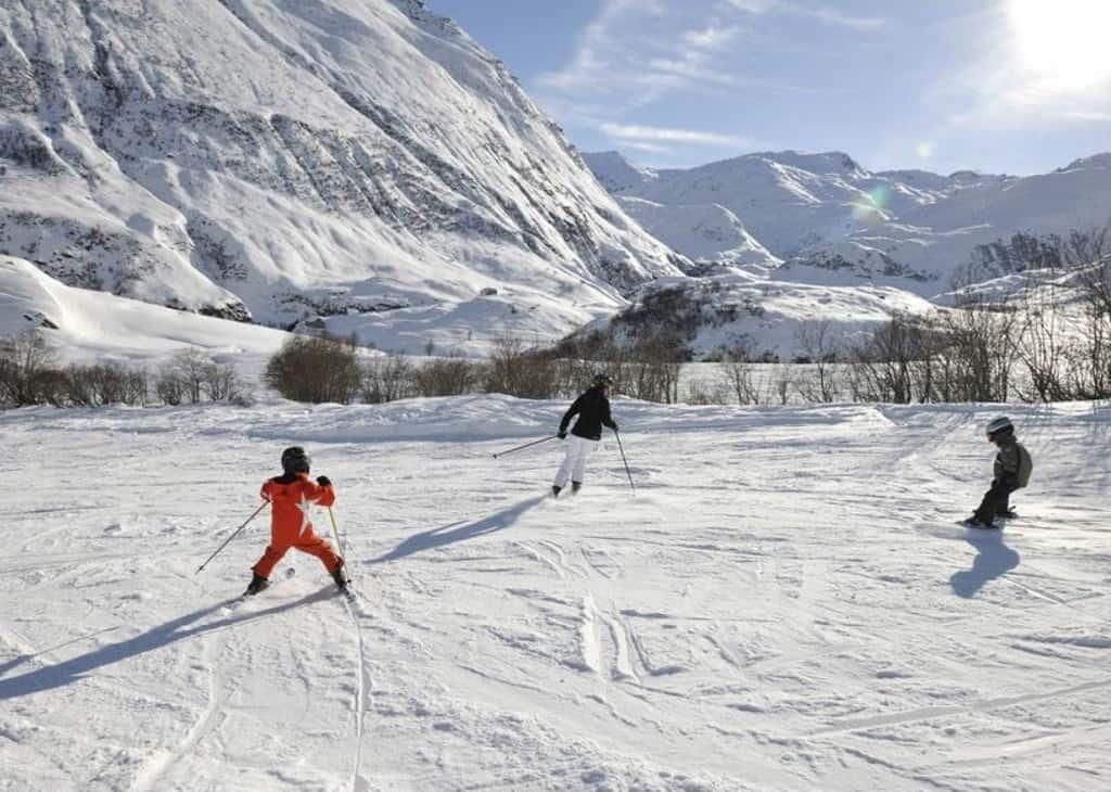 Лыжные школы Горнолыжные курорты Швейцарии