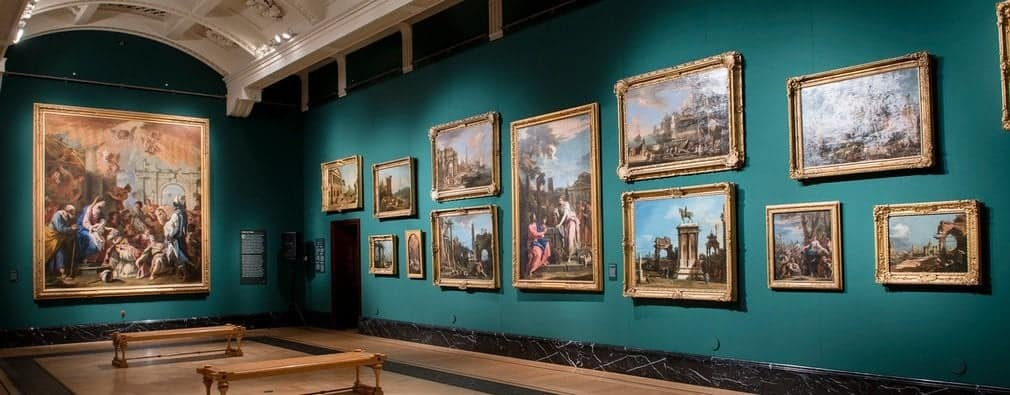 Зал Королевской галереи (The Queen's Gallery)