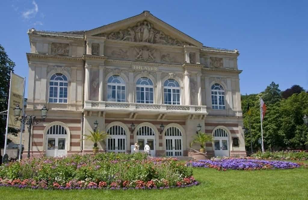 Театр Баден-Бадена (Theater Baden-Baden) Баден-Баден