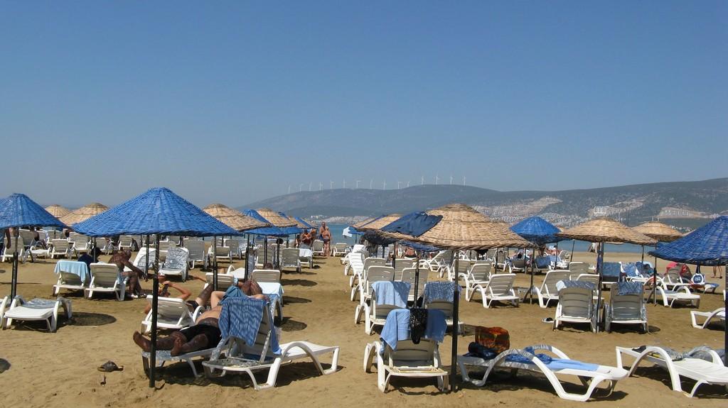 Пляж отеля Ramada Resort by Wyndham Akbuk 5* Акбук, Турция - Эгейское море