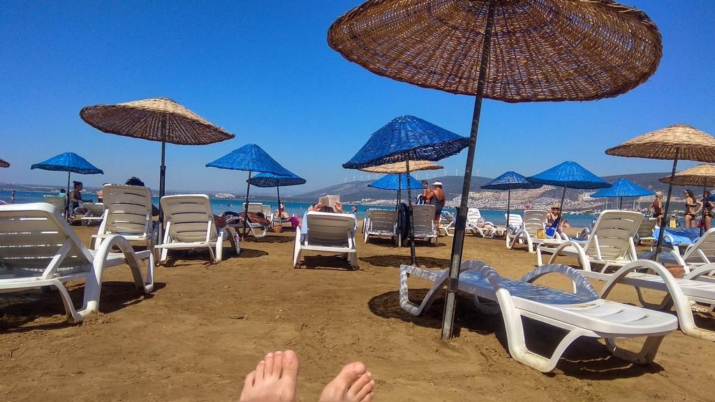 Отпуск на берегу залива, Эгейское море (Турция)