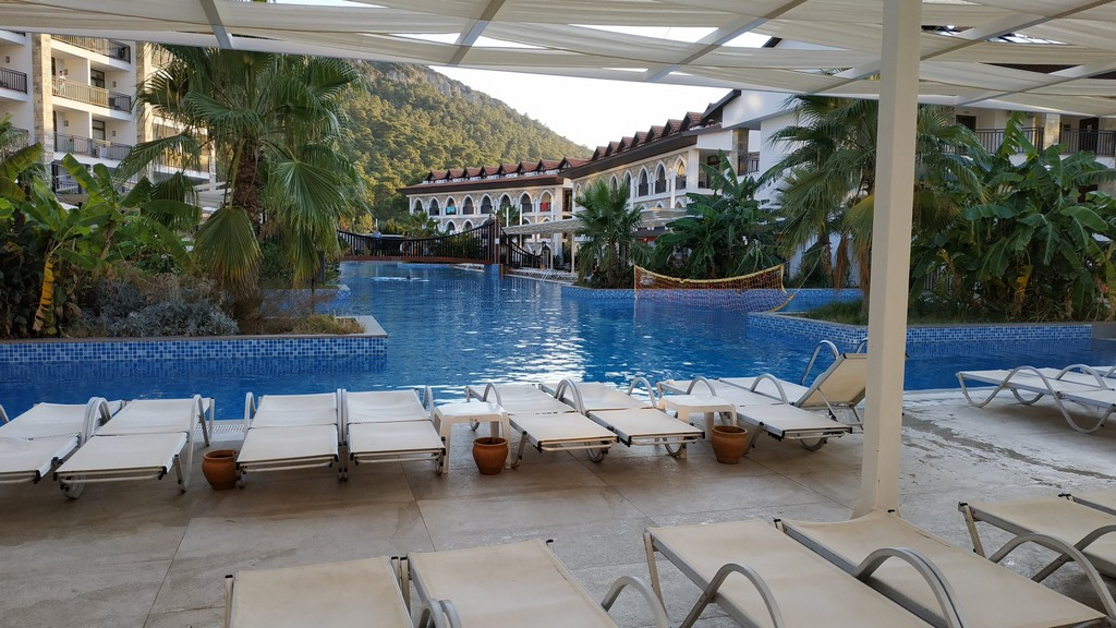 Утро в отеле Ramada Resort Akbuk 5*