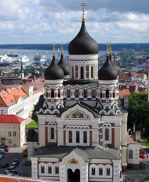 Собор Александра Невского в Таллине (Aleksander Nevski peakirik) Таллин (Эстония)