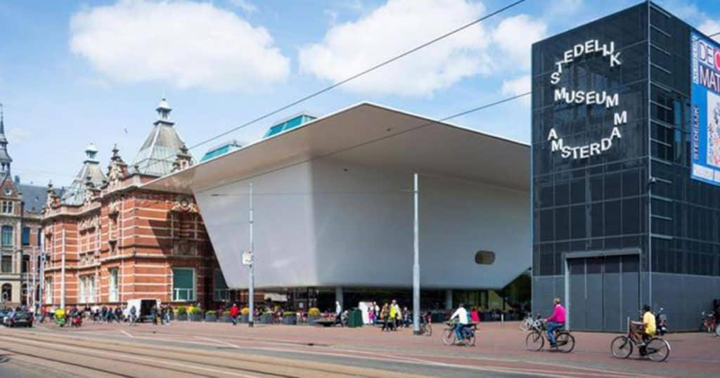 Городской музей в Амстердаме, Стаделик Амстердам музеи