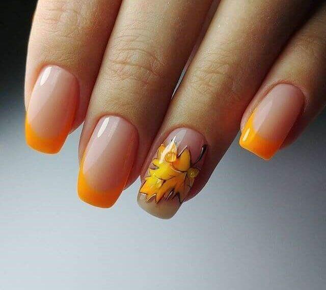Осенний френч с клиновым листочком