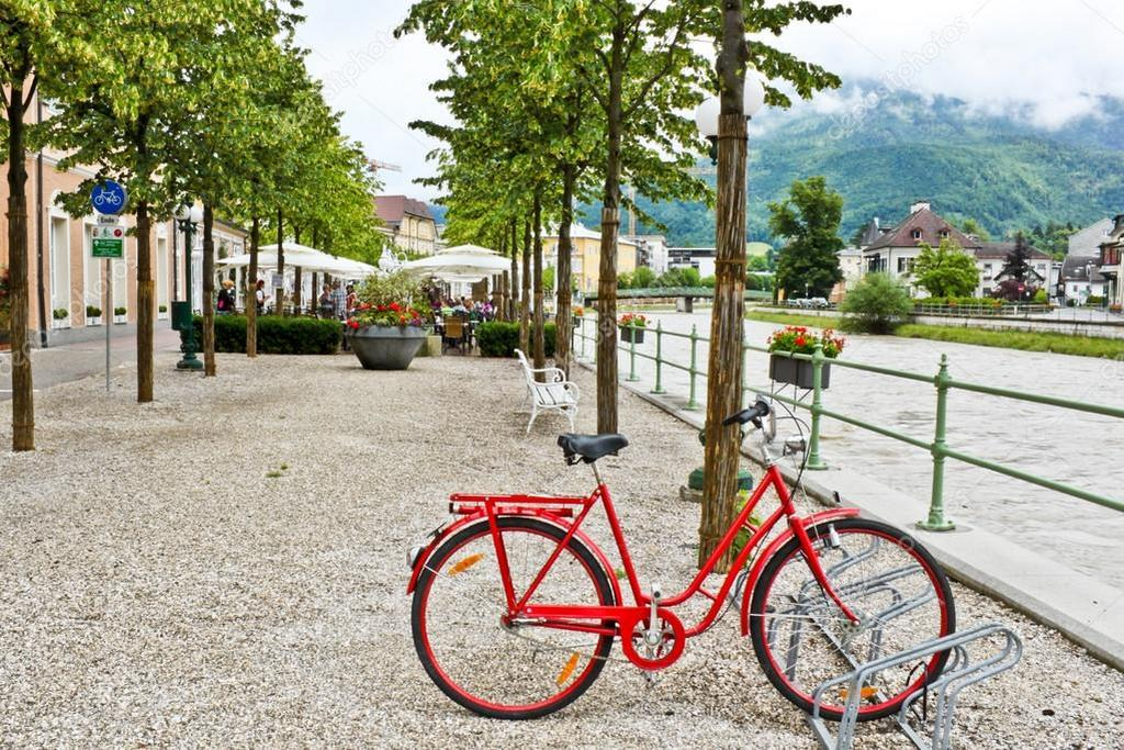 Велосипед Австрия курорт Бад-Ишль