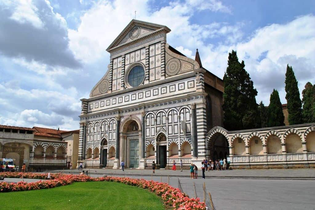 Базилика Санта-Мария-Новелла Флоренция - Италия