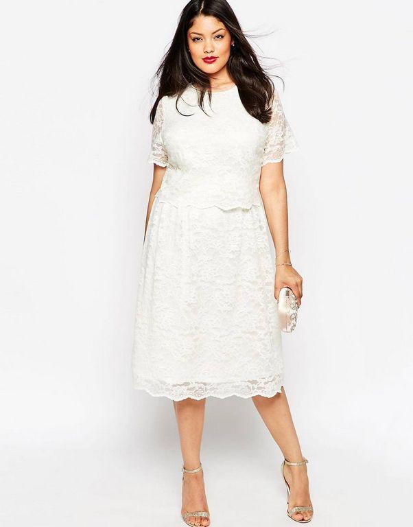 Кружевное белое платье для женщины