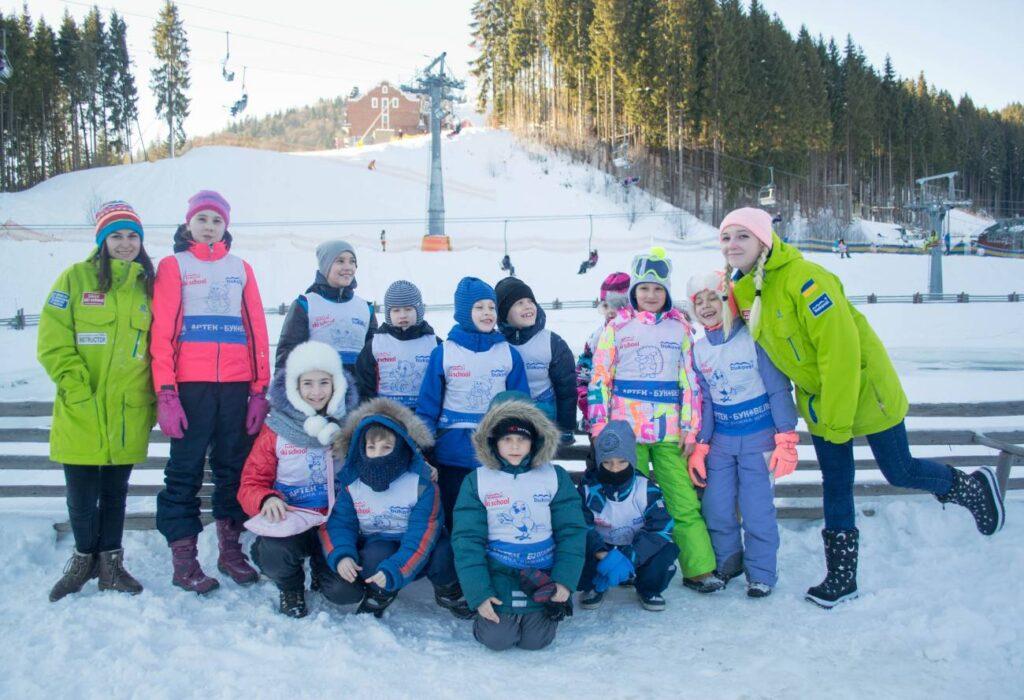Зимний детский лагерь