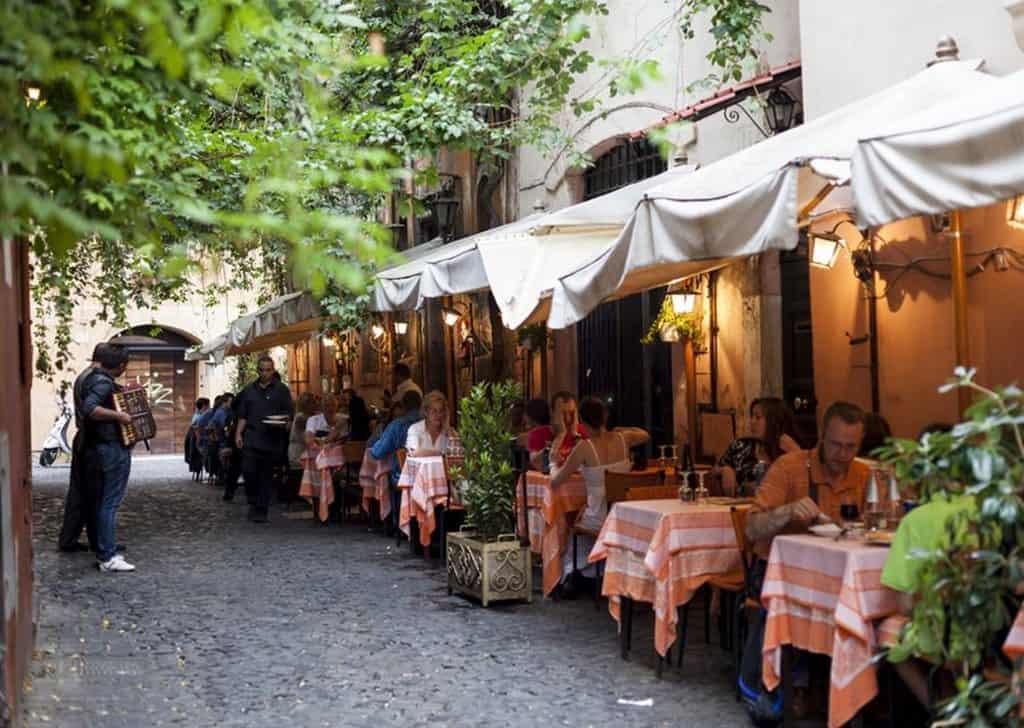 Ресторанчик в районе Трастевере, Рим