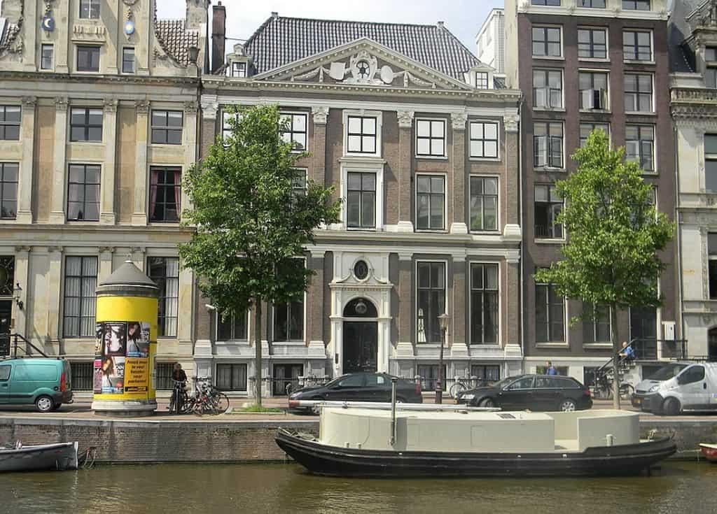 Музей каналов в Амстердаме - Grachtenhuis Амстердам музеи