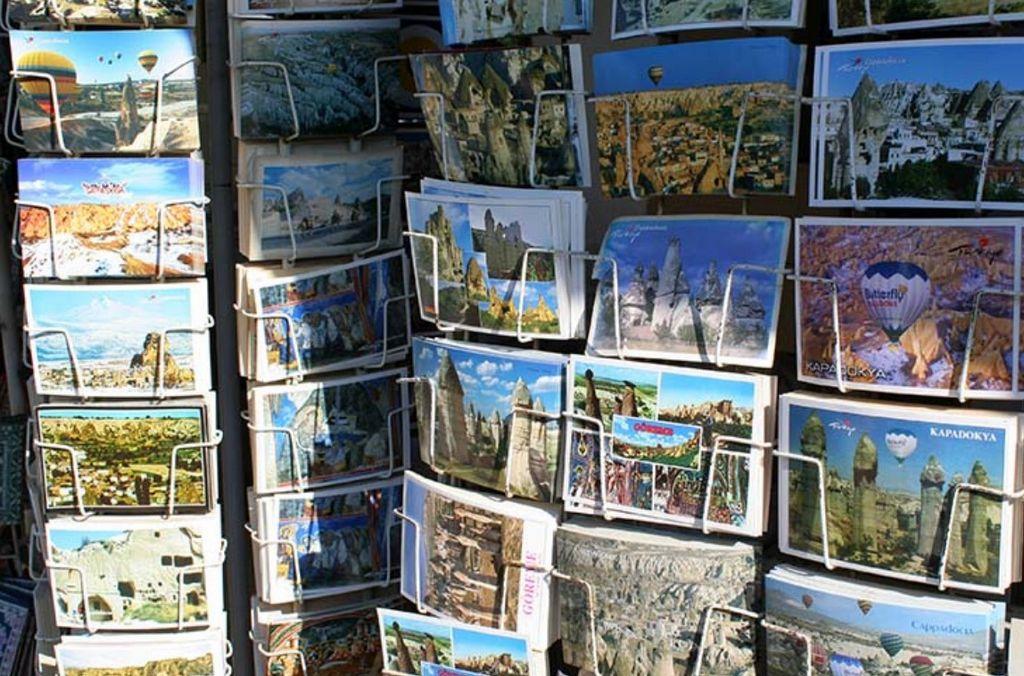 Открытки с видами на улочках Гереме в Каппадокии