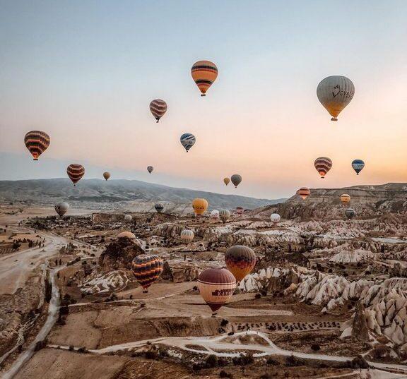 Каппадокия - воздушные шары и сказочные ландшафты