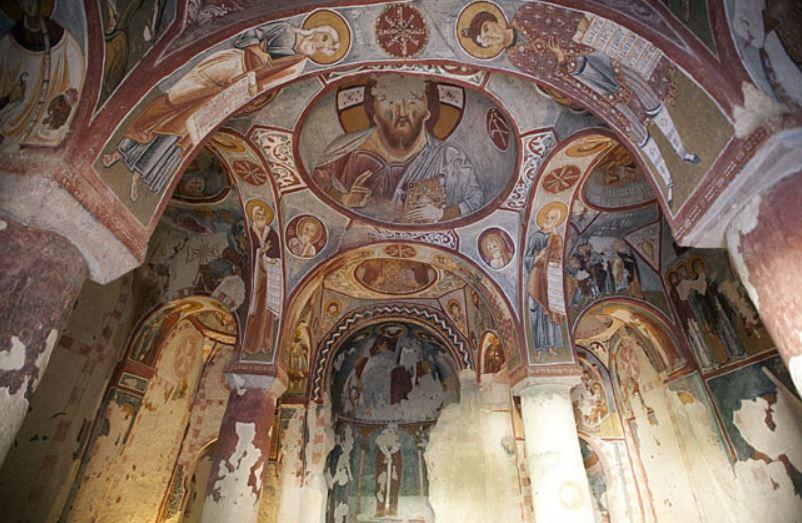 Яблочная церковь в Каппадокии