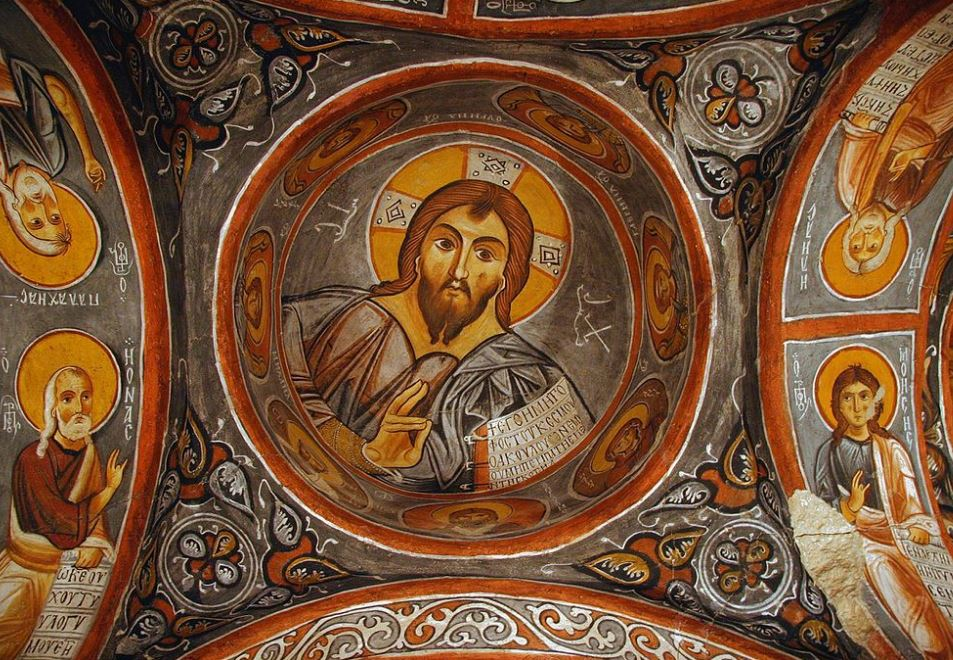 Фреска Христа Вседержителя на потолке Каранлык Килисе