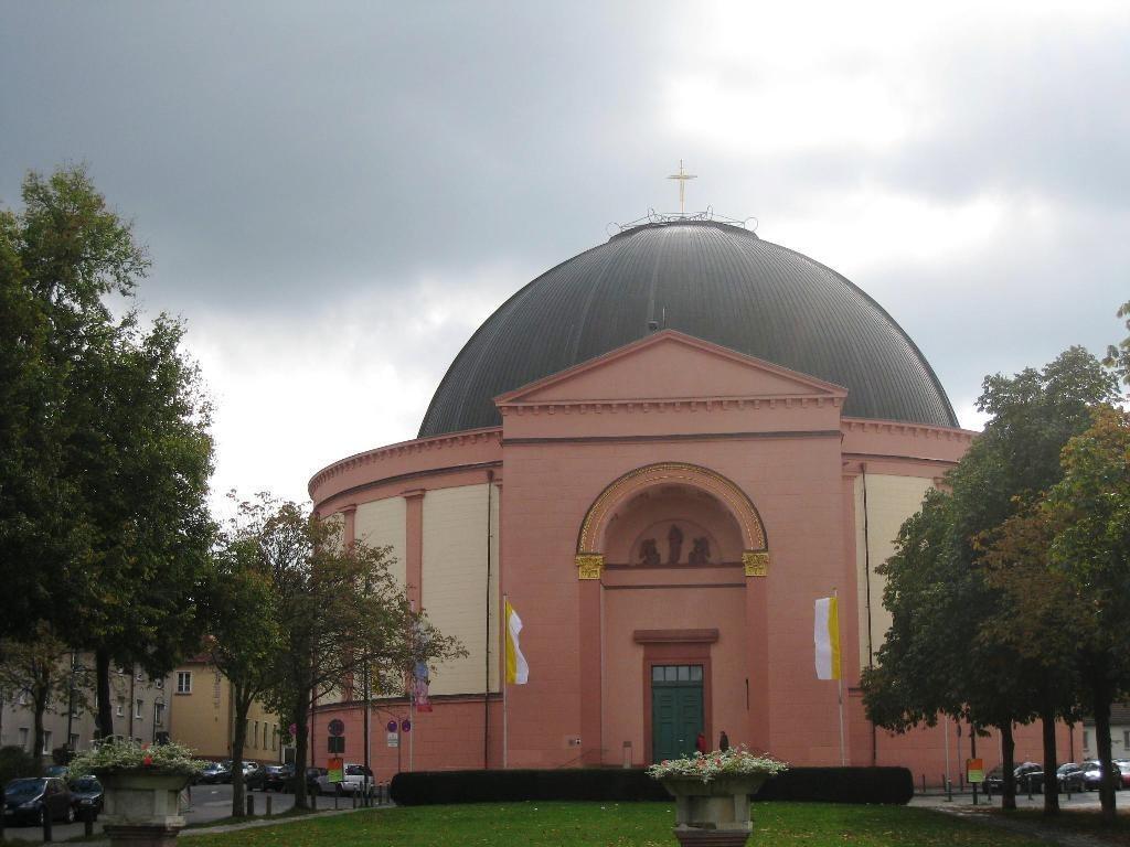 Католическая церковь Людвига (Lüdwigskirche), Дармштадт