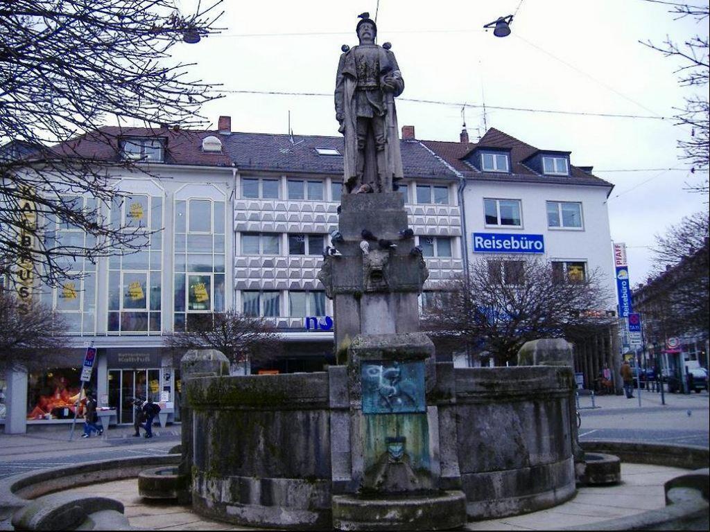 Памятник Бисмарку на Людвигсплатц