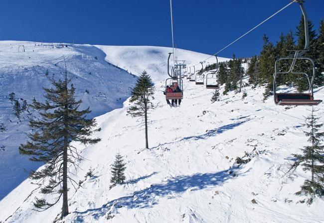 Подъемники горнорлыжного курорта Драгобрат