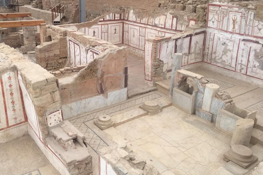 Дома на склоне холма, Эфес