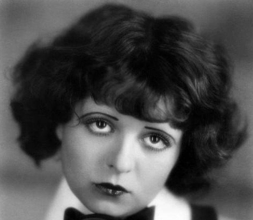 Клара Бой (1905-1960) - американская актриса, звезда немого кино и секс-символ 1920-х годов