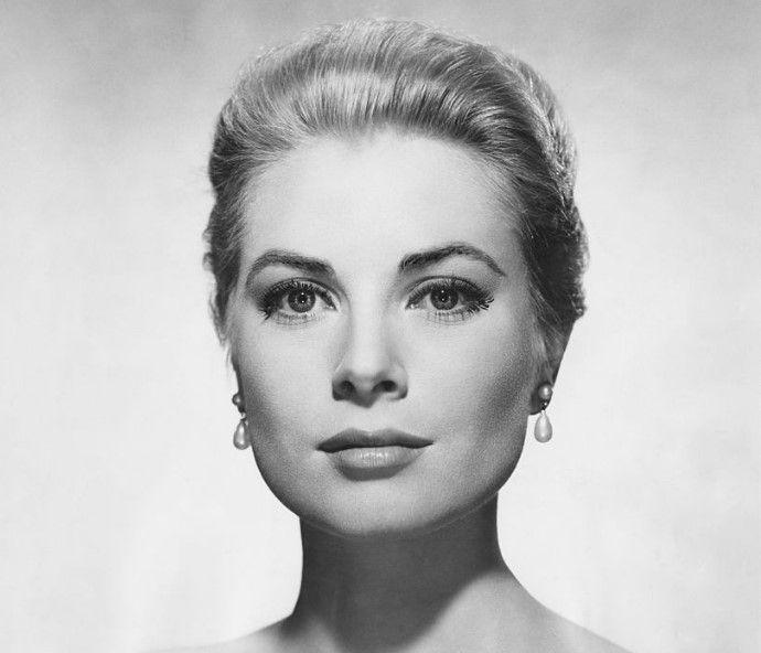 Грейс Келли (1929-1982) - американская актриса, с 1956 года — супруга князя Монако Ренье III