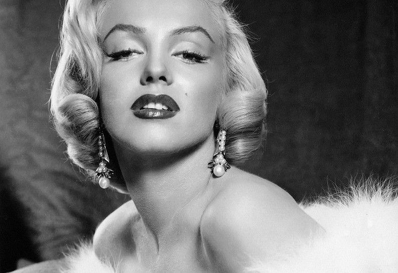 Мерилин Монро (1926-1962) - американская киноактриса, секс-символ 1950-х годов, певица и модель