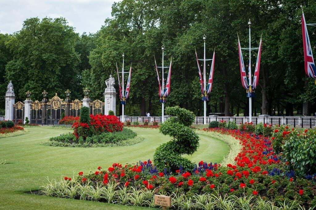 Букингемский дворец - сад Лондон