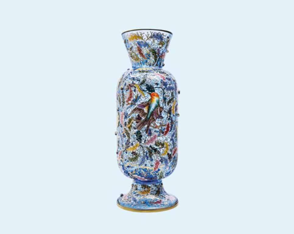 Маленькая птица - ваза ручной работы, расписанная и позолоченная