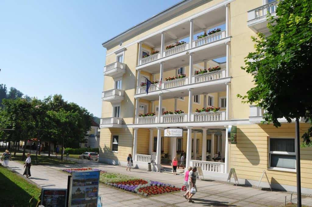 Отель Словения ****, (Hotel Slovenija4*)