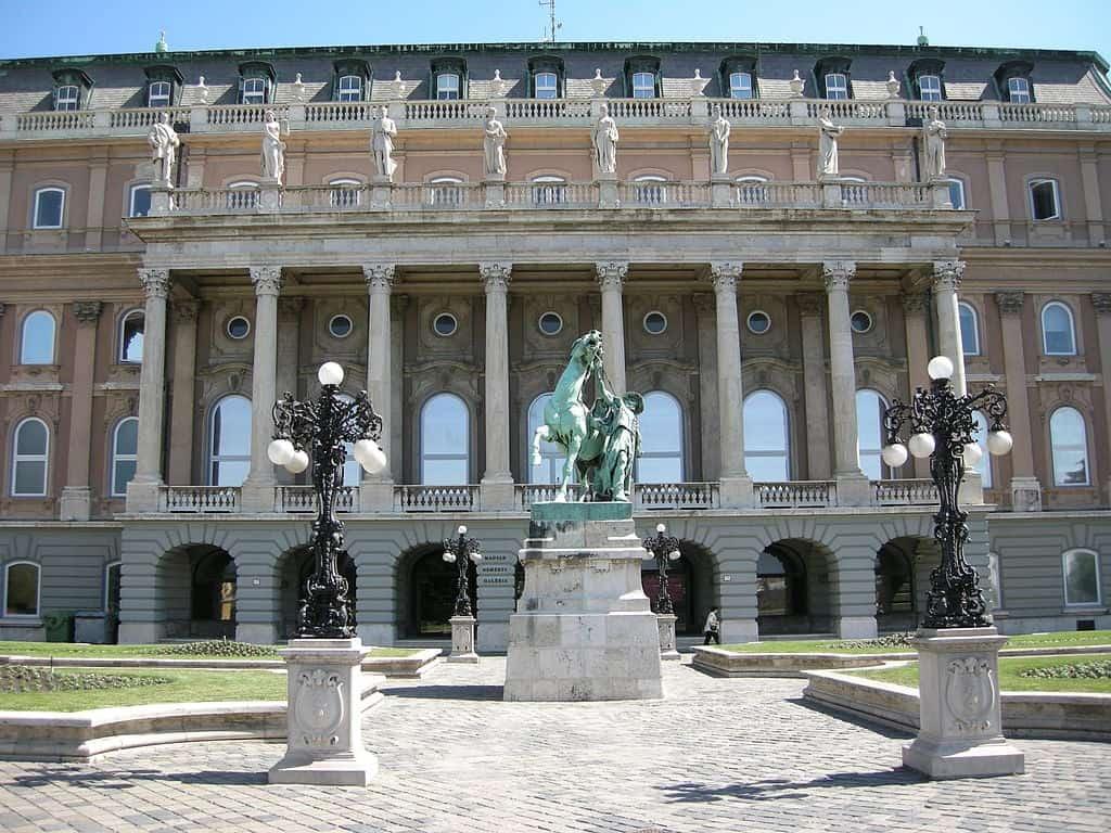 Национальная галерея в Будапеште