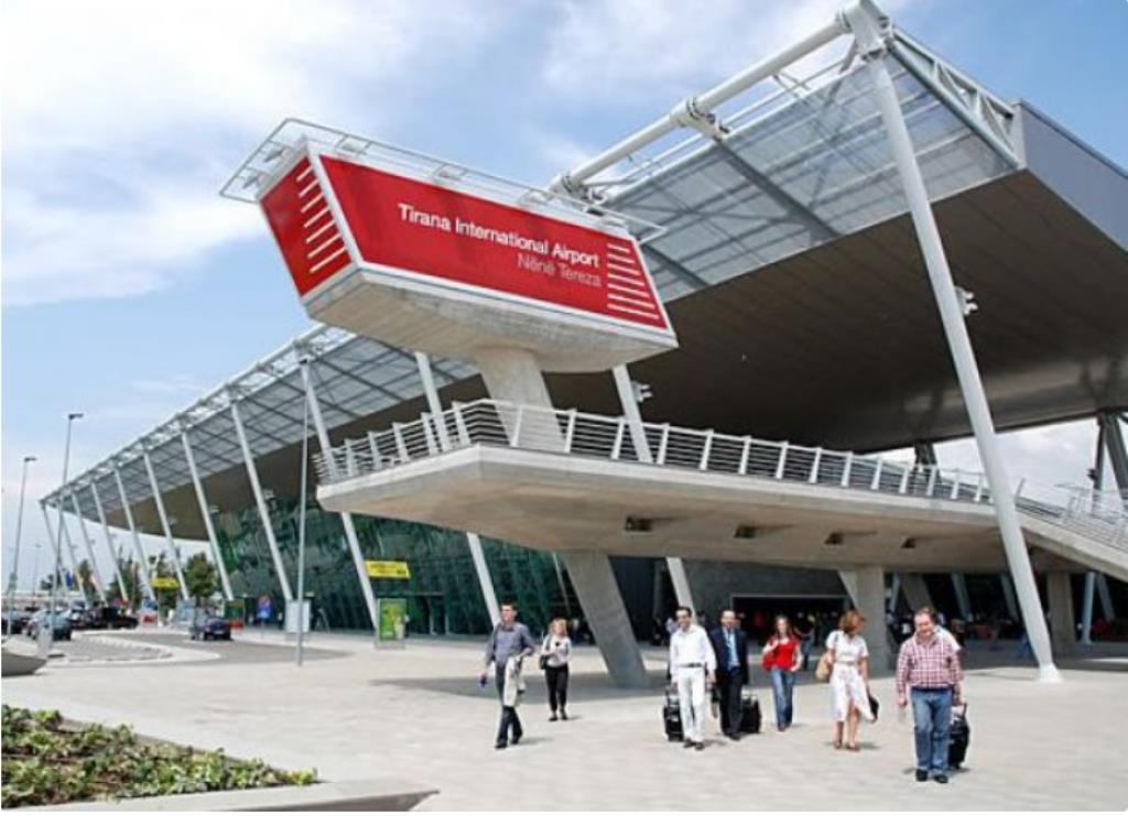 Международный аэропорт Тираны имени матери Терезы