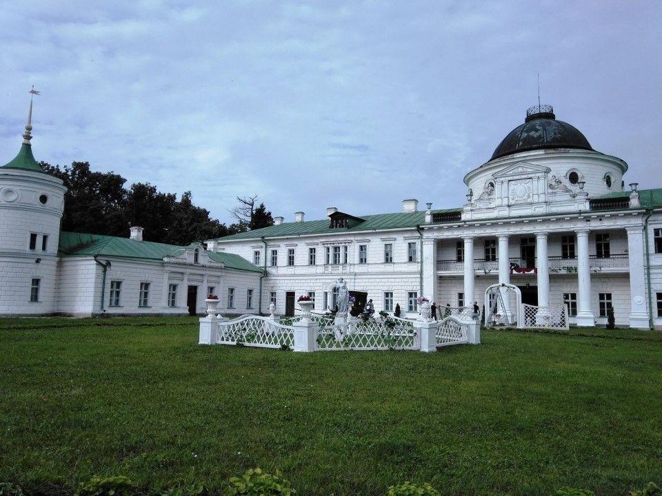 Дворец в Качановке