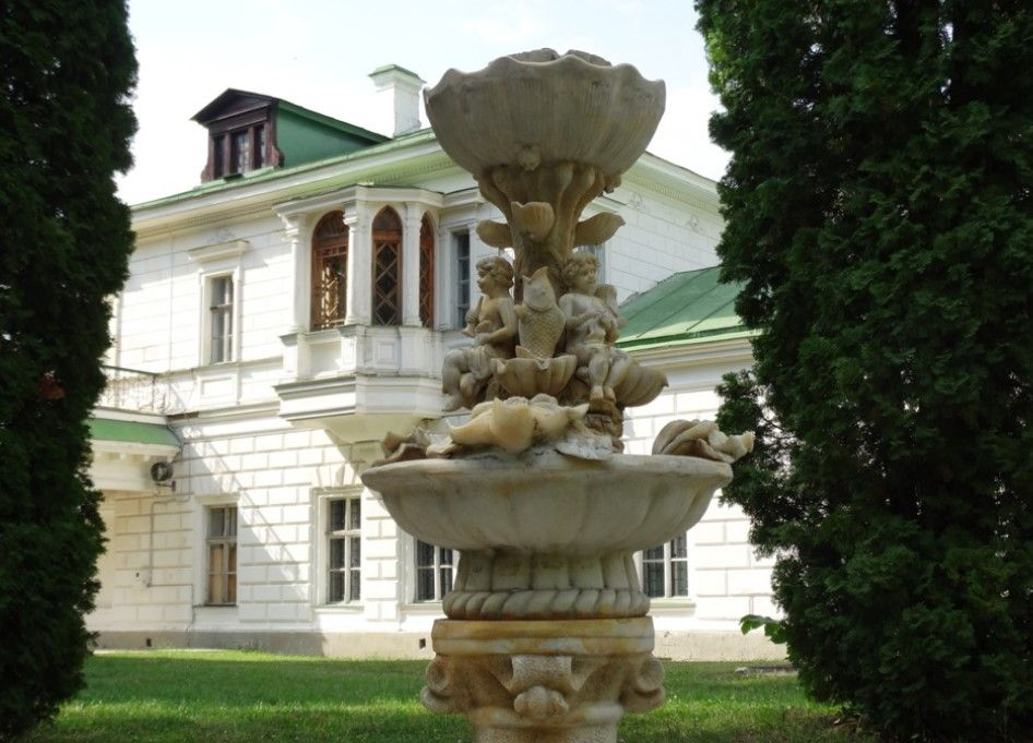В имении Качановка