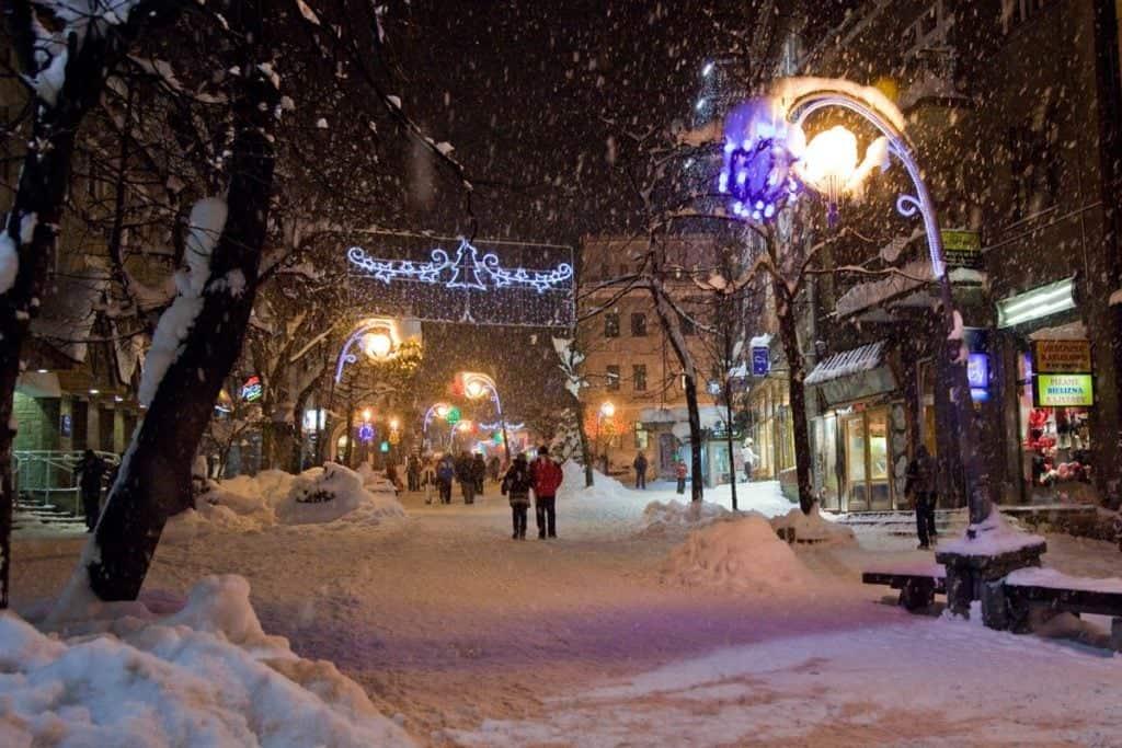 Пешеходная улица Крупувки (Krupowki) - горнолыжный курорт в Польше