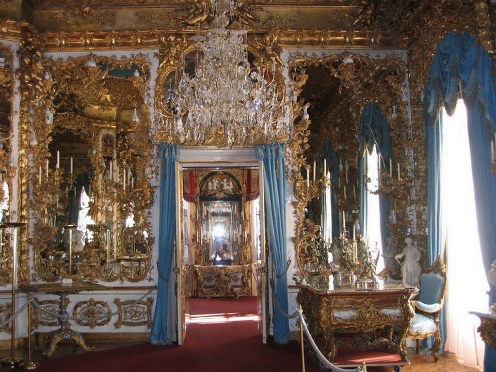 Зеркальный зал, Линдерхоф
